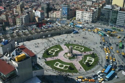 800px-Taksim_Square.jpg